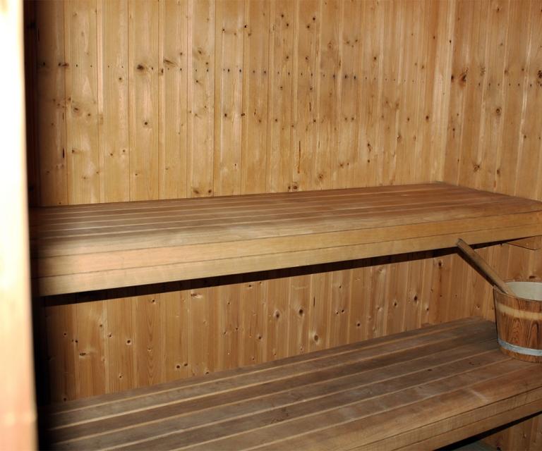 hot_tubs_&_saunas_04
